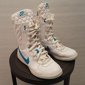 Rare Nike  Womens S/S Legend Hightops